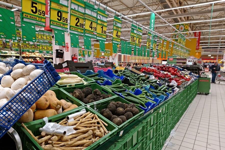 67accbac3 Straty w towarach ponoszone przez sklepy w Polsce szacuje się na 1,1 mld  euro rocznie, natomiast wydatki sklepów na zabezpieczenia to 0,6 mld euro.